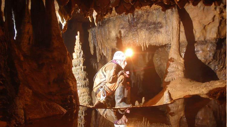 Spéléo à la grotte des corneilles