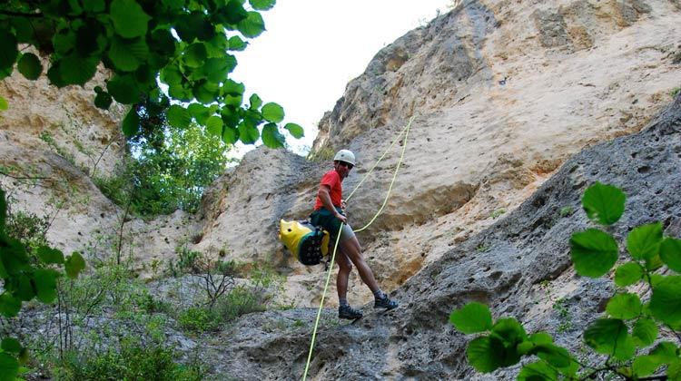 Rappel dans le canyon de Saint Marcellin