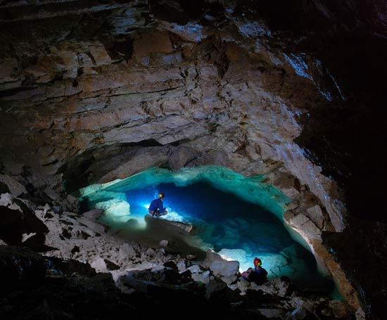 Lac souterrain dans les gorges du Tarn