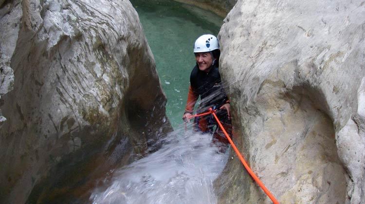 Rappel dans le canyon de Fornocal